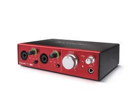 Focusrite Clarett 2 PRE USB Interface de Áudio USB
